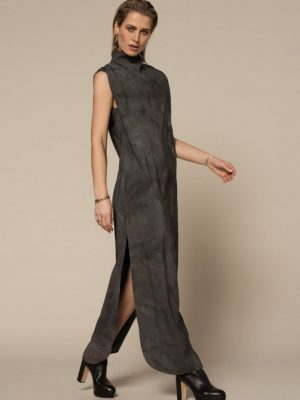 Iconic27 - Sleeveless Dress